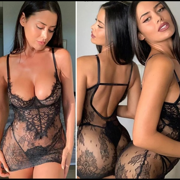 Women's Sexy Lace Lingerie Nightdress with a Thong